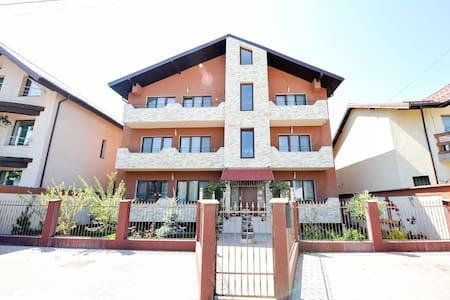 Verona Apartment - Casa Bella Apartments