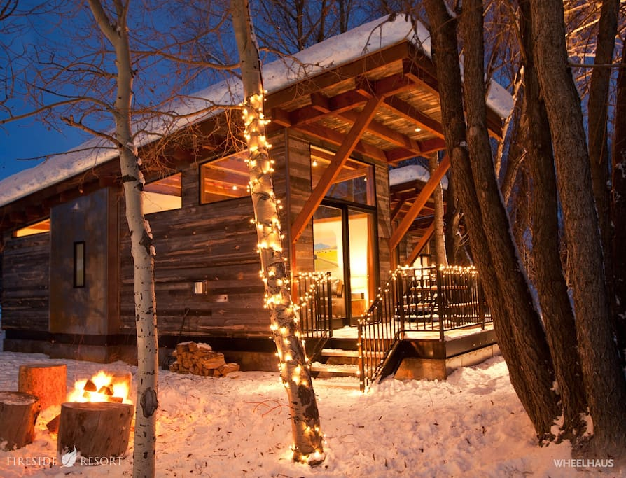 Enjoy your stay in our luxury glamping cabins!