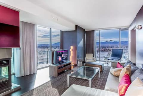 One Bedroom Palms Place Luxury Condo