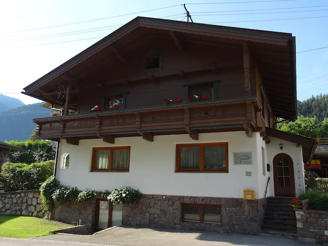 Ferienhaus Traudl - Finkenberg - บ้าน