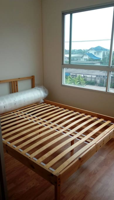 เตียงพร้อมฟูกขนาด 5'