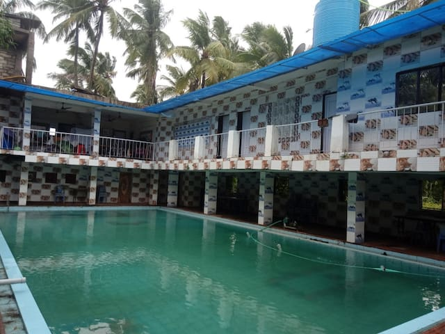 3Bhk Scenic Bungalow near beach with Pool party