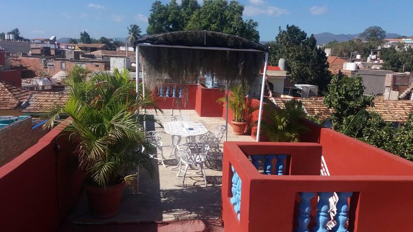 Habitación con azotea en el centro de Trinidad