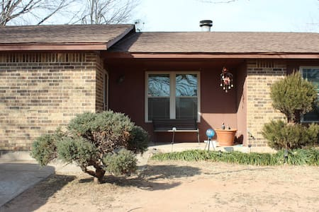 Spacious Yukon Abode with Location and Convenience