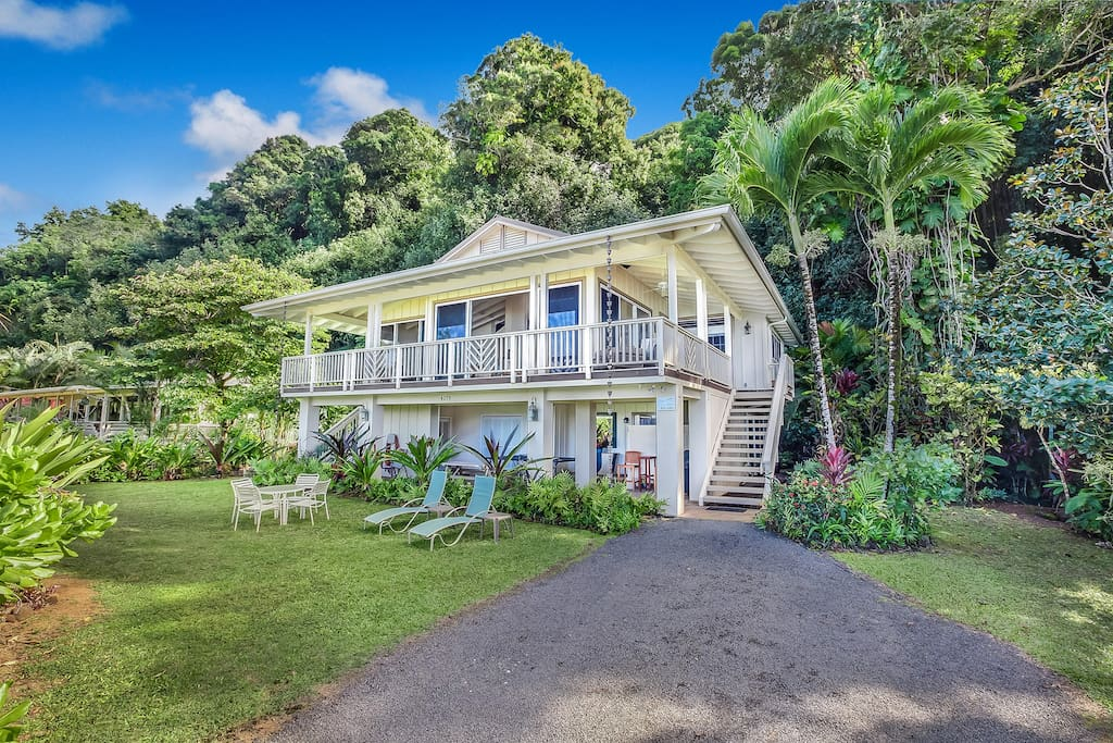 Anini beach house houses for rent in kilauea hawaii for Houses in united states