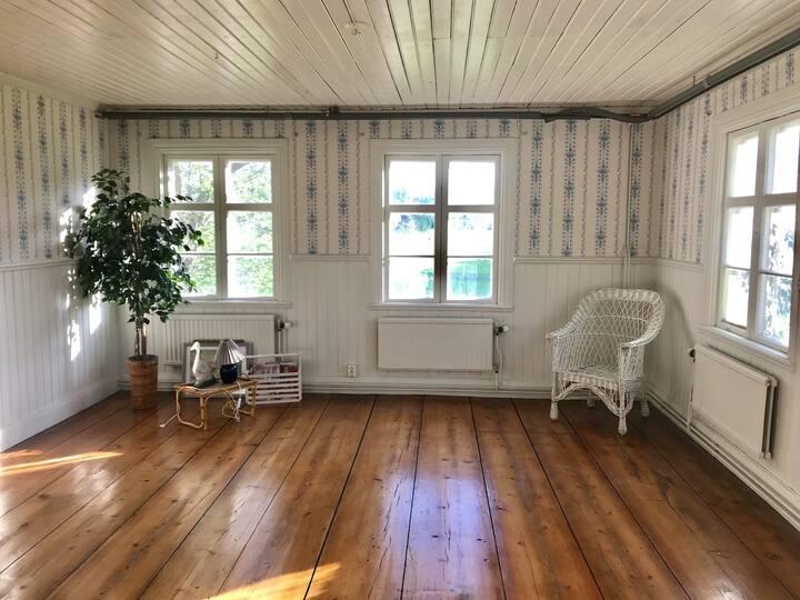 Vacker lägenhet i hus i Hälsingland