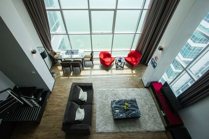 Maritime Seaview Duplex 居家享受套房