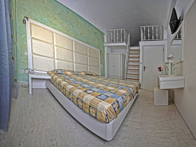 SELLADA APARTMENTS- Maisonette Apartment - Kamari - Apartment
