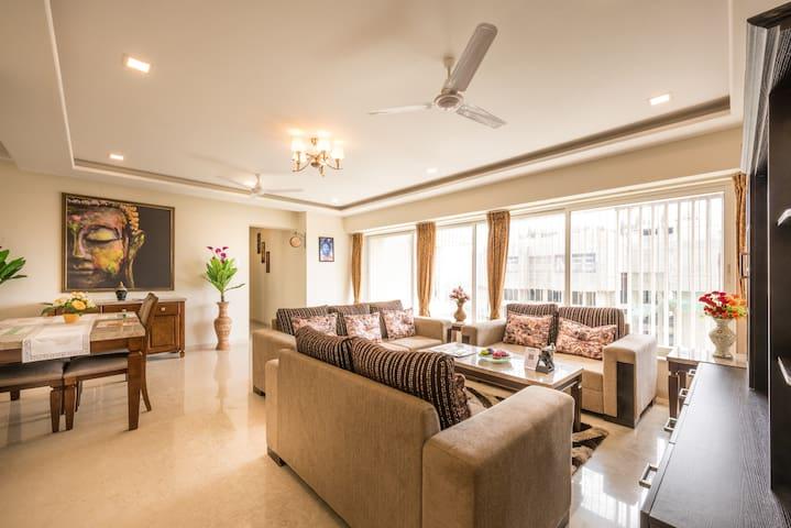 The Luxurious 3 bedroom on Higher floor