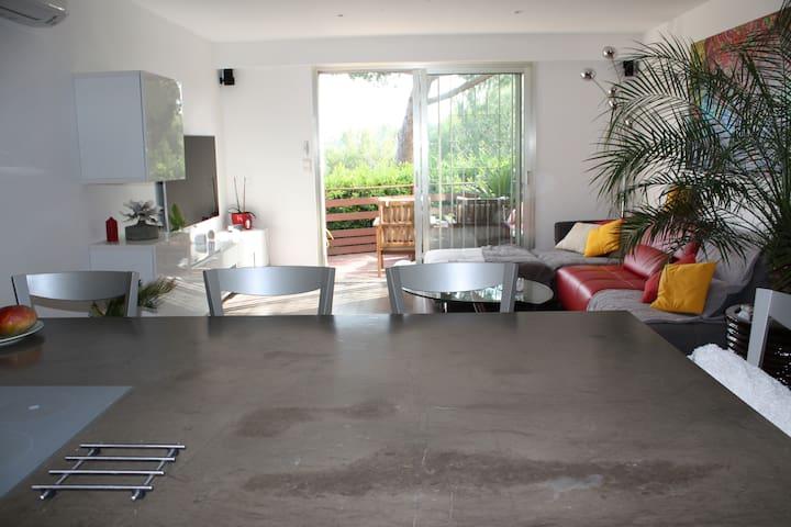 Appartement 2 pièces à proximité de la mer - Villeneuve-Loubet
