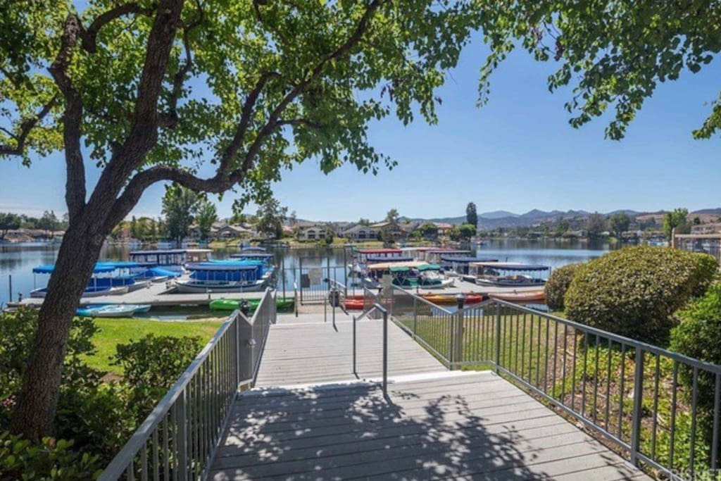 Stunning lakeview private retreat for 2 nearmalibu for A la maison westlake village