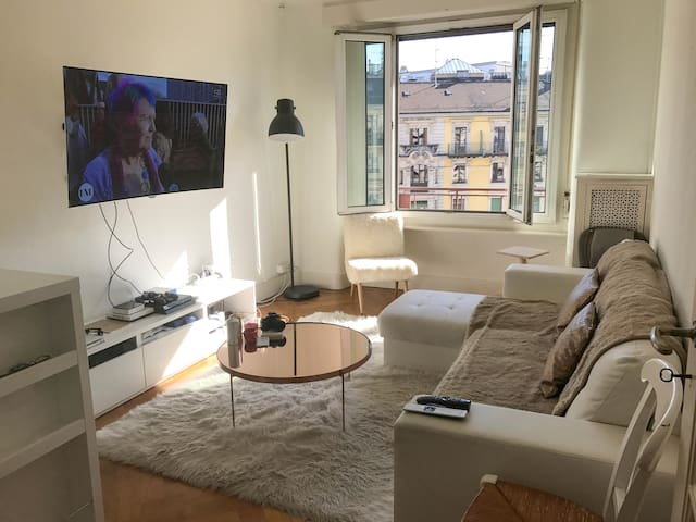 Bright & Beautiful flat in the center of the city - Genève - Lägenhet