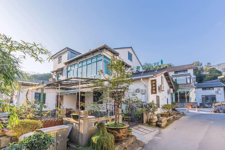 杭州西湖景区灵隐寺边茶农之家