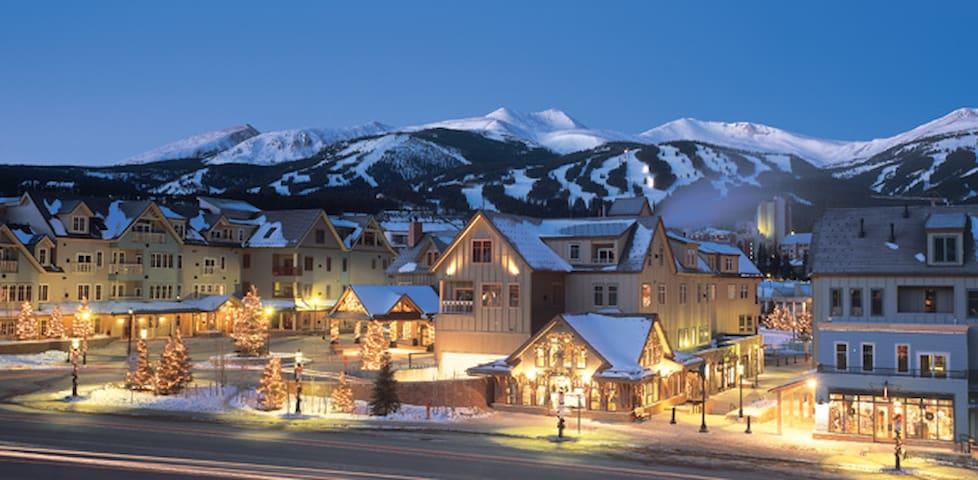 Hyatt Main Street Station 2br Boutique Hotels For In Breckenridge Colorado United States