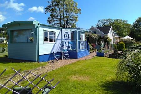 Estuary Cottage Caravan Short stay holiday let