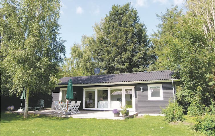 Holiday cottage with 2 bedrooms on 50m² in Kirke Hyllinge