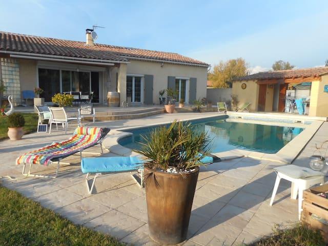 belle chambre d'hôte en Provence - Aubignan - Haus