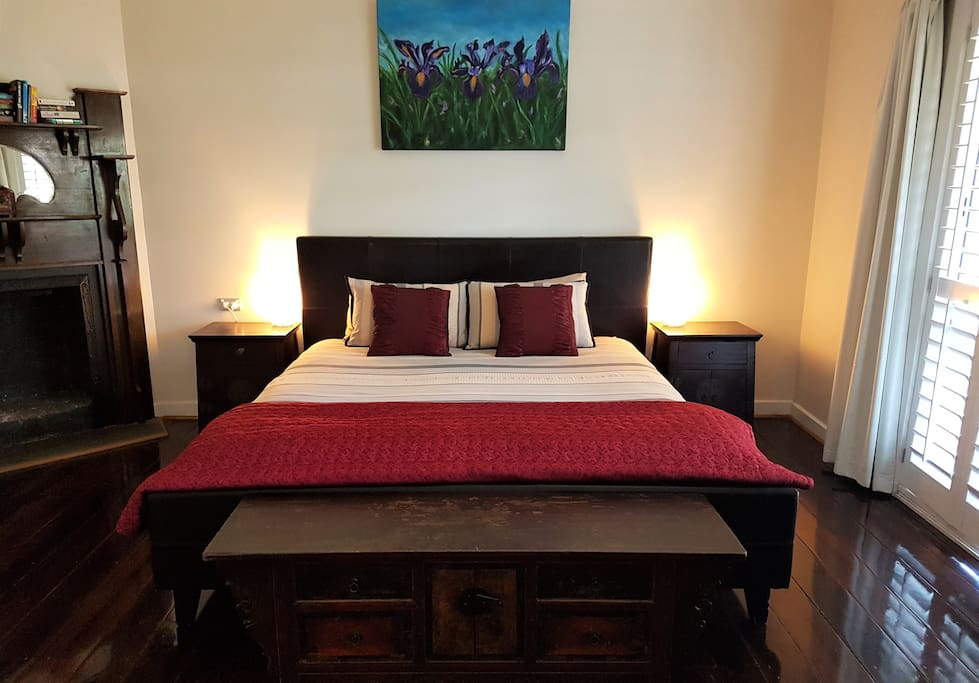 Master Bedroom for one bedroom booking