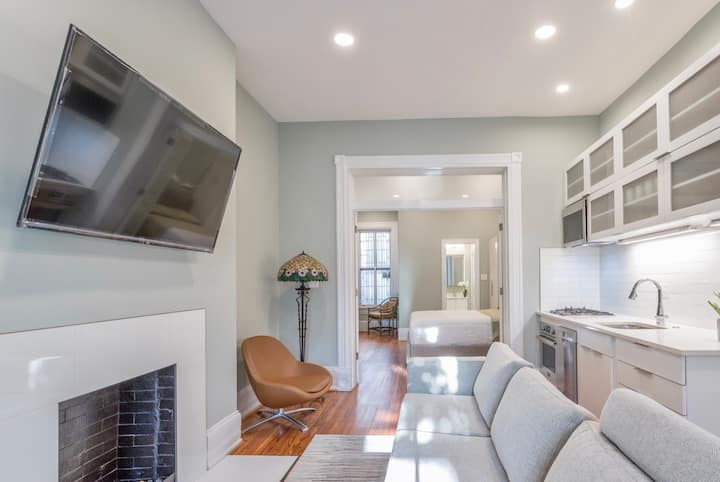 Sojourn Boutique & Chic 1 Bedroom Dupont Circle