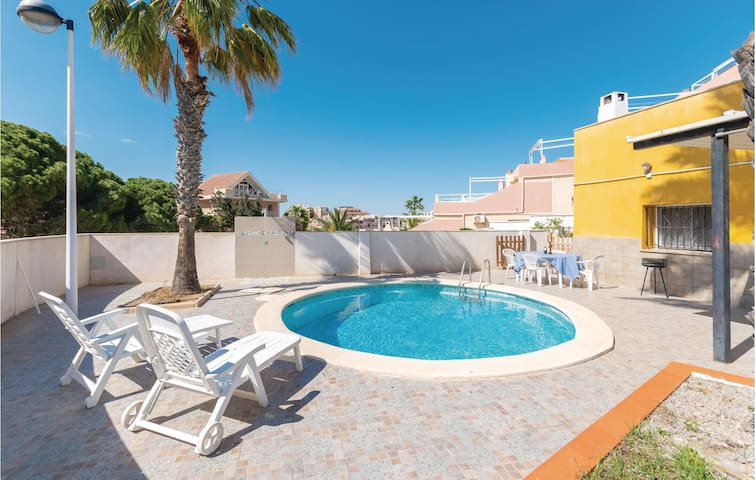 Holiday cottage with 3 bedrooms on 150m² in La Manga
