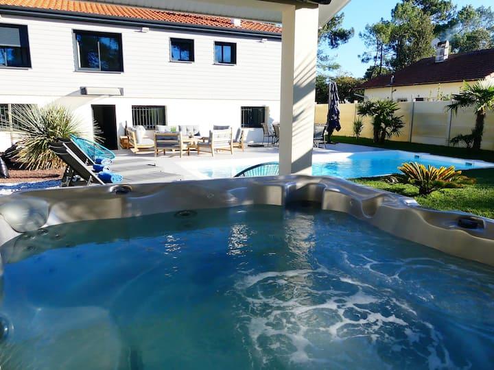 Villa privative avec Piscine chauffée et Jacuzzi