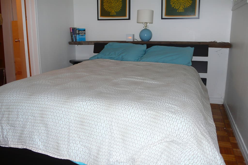 A comfortable double (full) size bed awaits you, in a tranquil and calming room.  A large walk-in closet, 6-drawer dresser and large mirror make it easy to get set up during your stay. A full size ironing board and iron are provided as well.