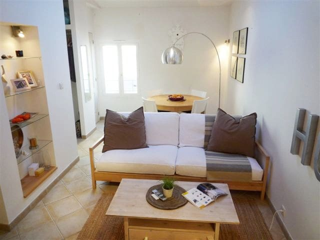 Quiet 2-story 1 bedroom flat in the Old Town 40m²