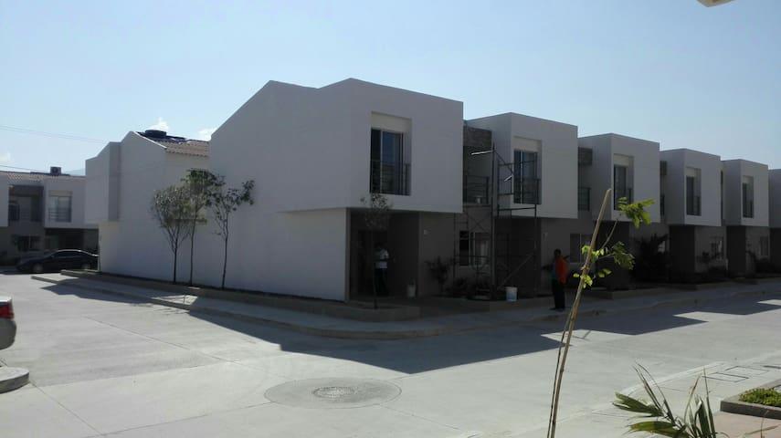 Condominio privado en Santa Marta - Санта-Марта - Дом