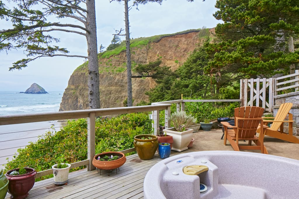 Watch the sun sink into the Pacific while you soak in the hot tub.