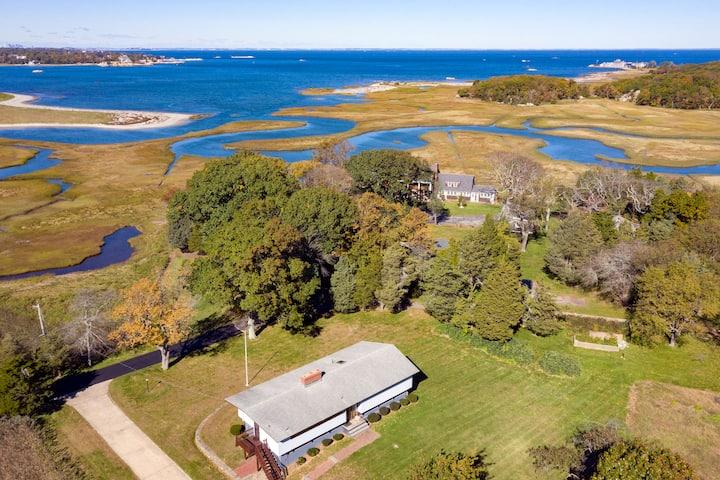 Stella Maris, 6 bedroom coastal home, water views