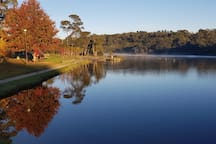 Wentworth Falls lake a great picnic spot and has a lovely walk all the way around