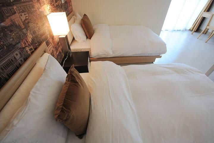 3樓的小屋房雙床房