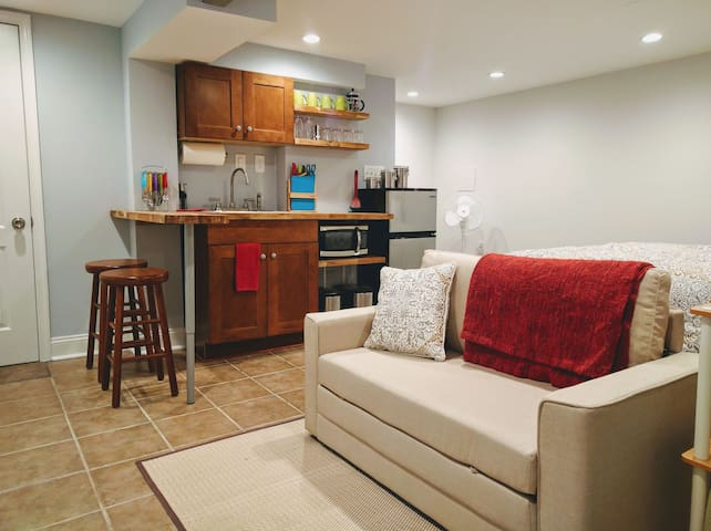 New Studio Apartment Near Metro in Alexandria - Alexandria - Apartamento