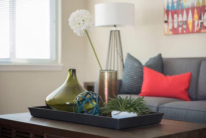 Kasa Louisville | Contactless Check-In + Ideal for Families | Downtown