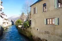 Les Deux Rives on the River Pique