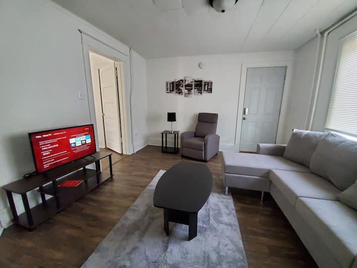 212 Apartment