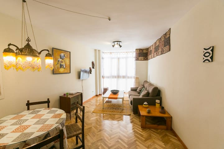 2 bedroom oasis right in Plaza Mayor (VUT-47-94)