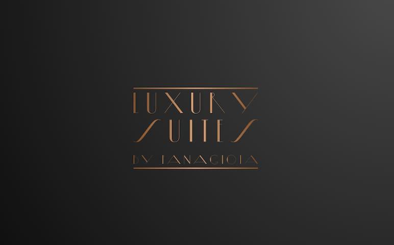 Luxury Suites  by Panagiota (loft)