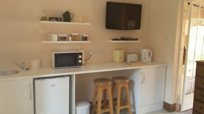 Summerdale Studio Apartment Self Catering