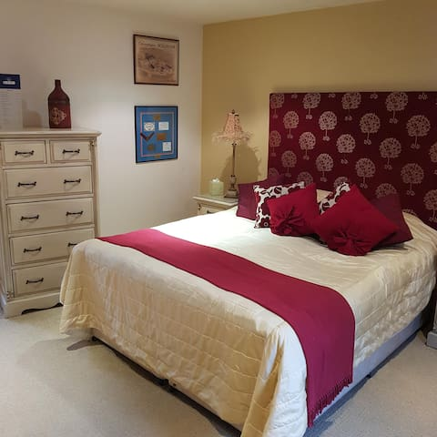 Double Room Deluxe - The Blue Bell Inn