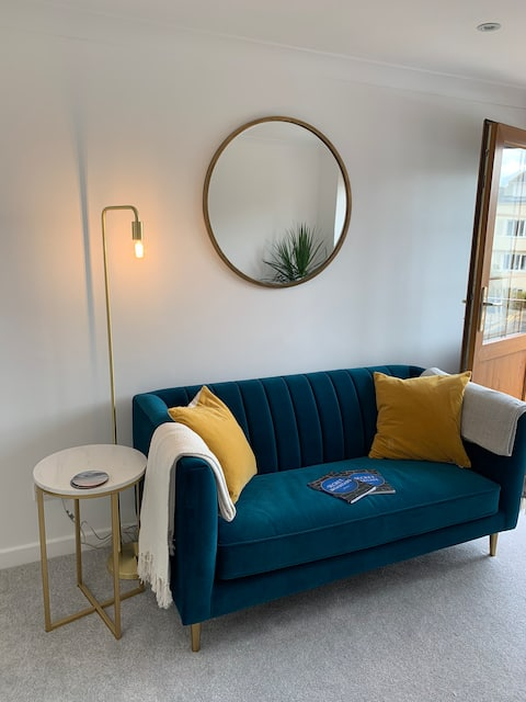 Rose Mews Central Broadstairs *no cleaning fees*