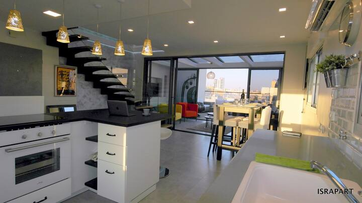Rothschild Area - Luxury Brand New Duplex Penthouse
