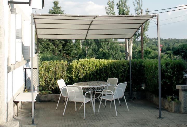 Perfecta, 2hab+calor 10+jardín villa  El Escorial
