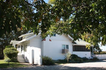 Chacewater Farm House