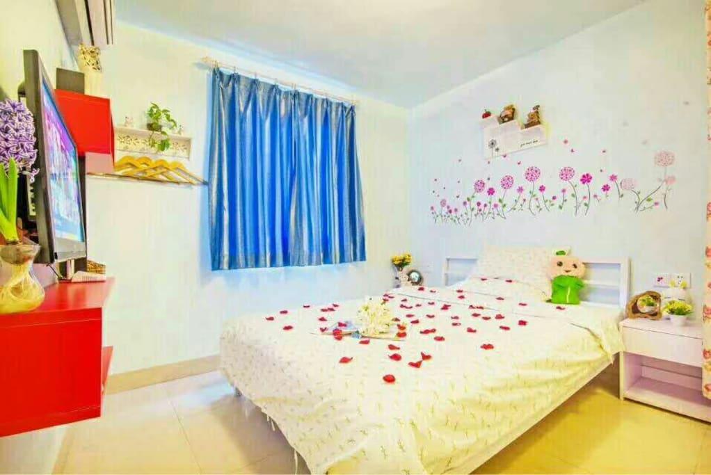 温馨大床房,1.5mx2.0m