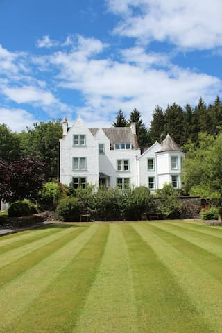 Top Floor Apartment, Woodlea House, Moniaive