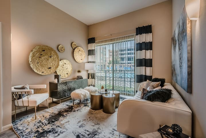 Upscale 1BR w/ hotel-like amenities in Frisco