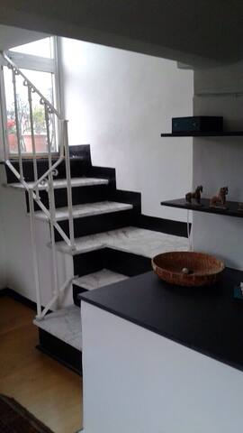 Central attic with terrace & lift - Genua - Appartement