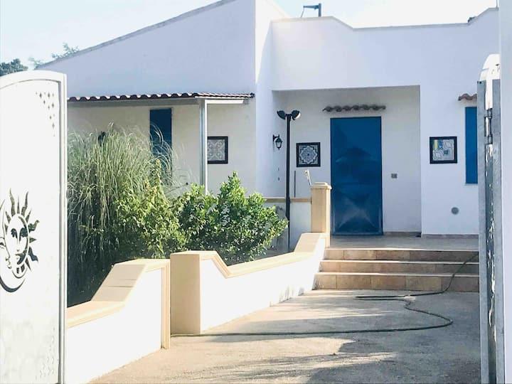 Adorable petite Villa au calme -Punta Prosciutto