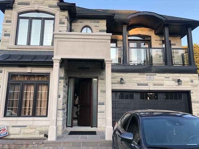 Brand New 2 Bedroom Basement Apartment Available